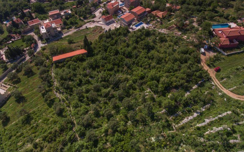 Zemljište za izgradnju 5 vila na Budvanskoj rivijeri. Pogled