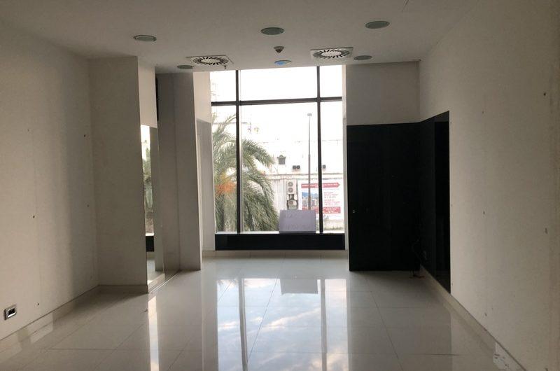 2 poslovna prostora u trgovačkom centru TQ plaza, Budva